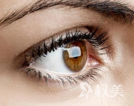 济南星范整形医院开眼角手术整形 做大眼美女