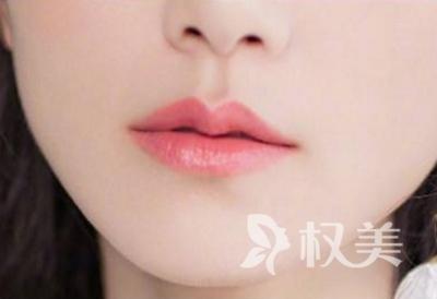 呼和浩特伊思整形厚唇变薄手术需要多少钱