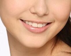 呼和浩特华医整形医院口腔科种一个牙齿多少钱