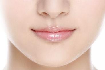 隆鼻失败修复手术需要多少钱 厦门思明欧菲整形隆鼻修复保持时间