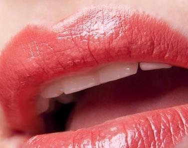 在郑州帝尔美整形医院 纹唇手术治疗很疼吗
