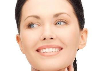 硅胶垫下巴可以维持多长时间 沈阳杏林整形医院垫下巴有伤害吗