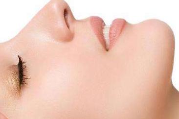 成都晶肤医学整形医院隆鼻修复好吗 隆鼻失败修复多少钱