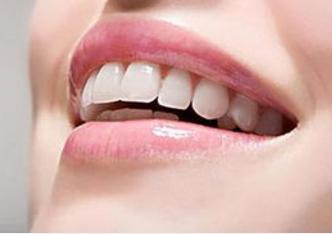 广州圣贝牙科整形医院种植牙费用 给你灿烂笑容