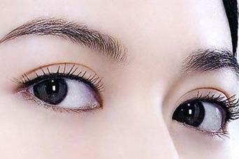 大连雍禾植发医院眉毛种植 我的山水入在你眉间