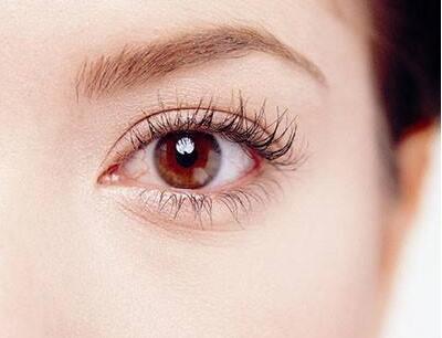 浙江中医院整形科埋线割双眼皮多少钱 多久消肿