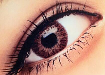 哈尔滨索菲整形医院怎么样 割双眼皮后如何消肿