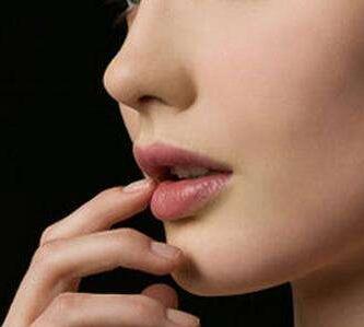 鼻子做假体有后遗症吗 兰州明伦整形医院假体隆鼻效果如何