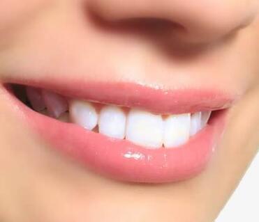 成都牙科医院哪家好 地包天矫正价格是多少