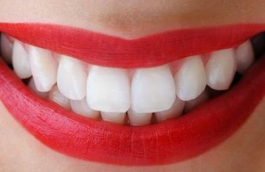 安徽合肥贝杰口腔医院正规吗 烤瓷牙和假牙有什么区别