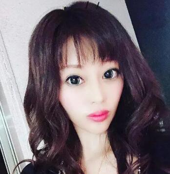 日本模特Tsubaki Tomomi整容300次 因为妈妈嫌她长得丑