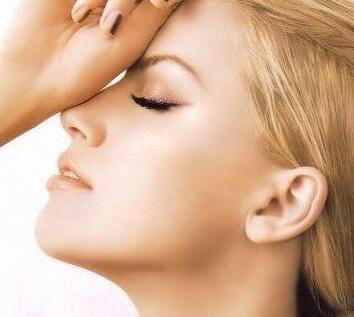 2020新的鼻部整形手术价格表 佛山苏李秀英鼻头缩小多少钱