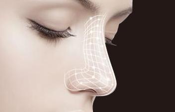 福州瑞丽医疗整形医院好吗 歪鼻矫正的操作方法怎样