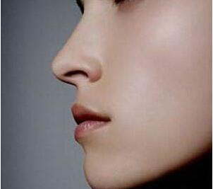 重庆新桥医院整形科做鼻子整形整容好吗 鼻头缩小价格