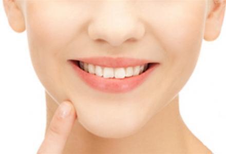 柳州工人医院整形美容科假体隆下巴 呈现美丽的脸部弧度