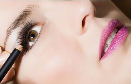福州雍禾植发医院睫毛种植的效果怎么样  能保持多久