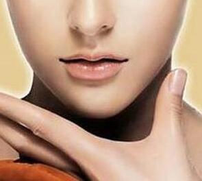 兰州亚韩整形医院做双下巴吸脂效果如何 价格是多少