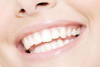 牙齿不整齐要如何做牙齿修复 北京德贝口腔整形医院可以修复吗