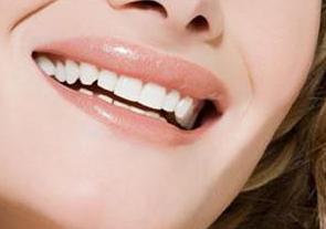 地包天牙齿哪个时期矫正好 南京口腔医院整形科地包天矫正方法