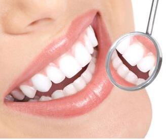 冷光白牙效果怎么样 沈阳和平爱齿口腔整形医院冷光白牙多少钱