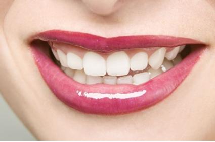 牙齿整形医院哪家好 沈阳和平爱齿口腔整形医院地址