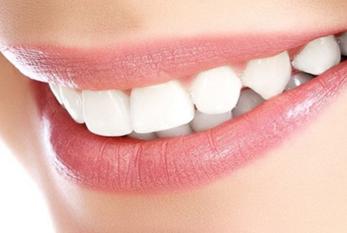 吸烟是否影响种植牙 上海臻威口腔门诊部种植牙后护理方法