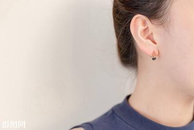 浙江中医院整形科招风耳矫正方法有哪些 费用是多少