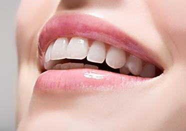 天津欧菲整形医院【口腔整形】美容冠 让笑容更灿烂