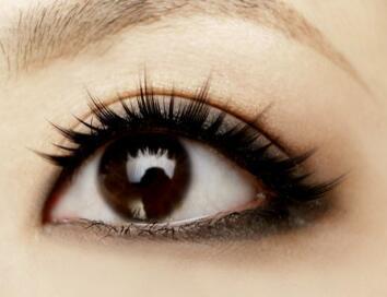 该怎么去除黑眼圈呢 合肥壹加壹高影激光去黑眼圈来帮你