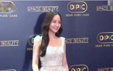 韩国女星朴敏英整容 近看没有一丝疤痕