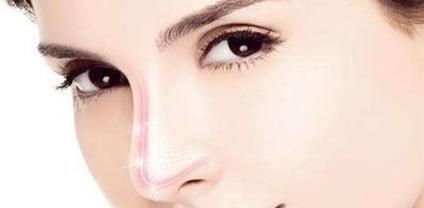 鹤岗市人民医院整形科好吗 隆鼻的美学标准是什么