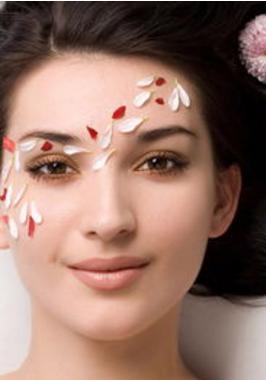重庆割双眼皮大概多少钱 割双眼皮后会不会留疤
