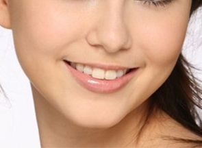 武汉做美容冠矫正龅牙哪里好 费用大概是多少