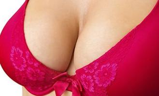长春姬安娣整形医院冯尊敬乳房矫正手术 找回曲线优美