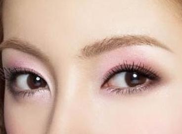 武汉眼部整形哪家好 开眼角手术效果自然吗