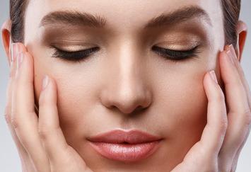合肥壹加壹植发整形医院睫毛种植是怎么做 给你电力双眼