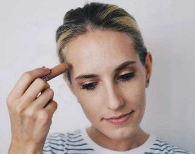 """合肥华美植发发际线种植 让你的发际线不再""""高不可攀"""""""