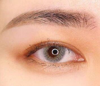 深圳流花医院植发整形科眉毛种植适合哪些人 安全吗
