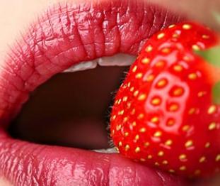 嘴唇太厚怎么改善 成都市友谊医院整形科厚唇改薄秒变樱桃小口