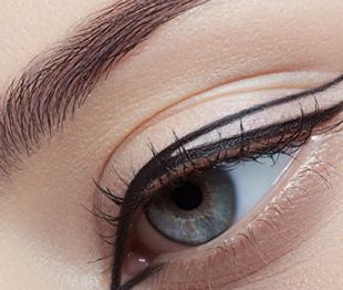 昌江区亚菲整形医院埋线法双眼皮手术过程 美丽的点睛之笔