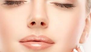 专业隆鼻手术哪里好 鼻子用硅胶还是膨体