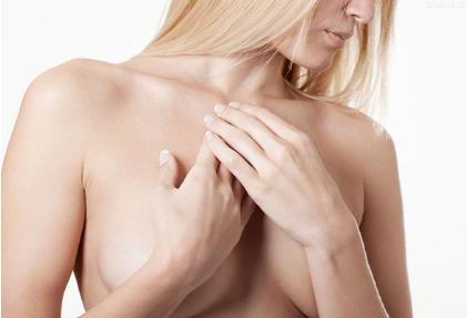 乳房下垂会丢了性感 也让他失了热情 乳房下垂矫正术拯救您