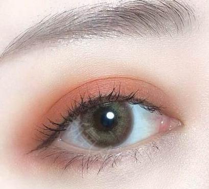 割双眼皮是埋线好 还是全切好 当下比较流行的双眼皮形状