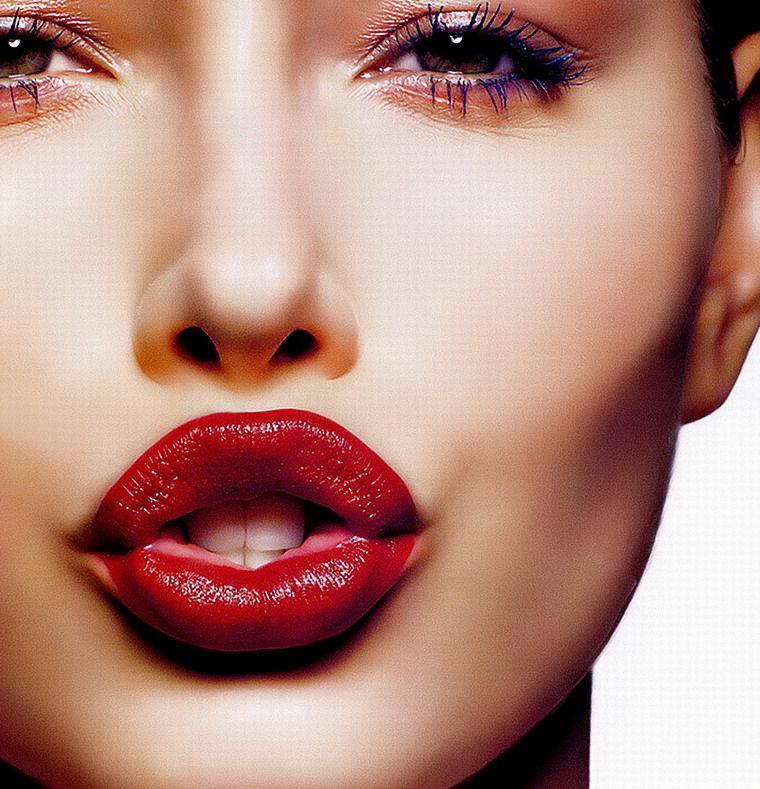 厚唇改薄整形效果 笑容性感更加迷人