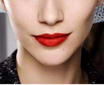 【唇部整形】厚唇改薄/纹唇/漂唇 让双唇更具魅力