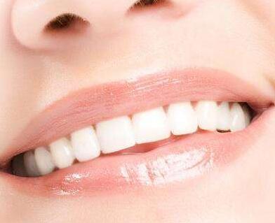 深圳雅唯整形医院厚唇可以修薄自然吗 手术优点是什么