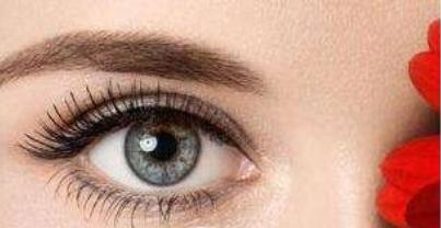 埋线双眼皮术后几天能消肿 珠海莱茵整形医院割双眼皮价格