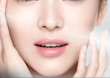西安美立方整形医院彩光嫩肤 让肌肤更加有弹性