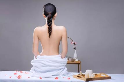 长沙背部吸脂减肥价格是多少钱 轻松拥有性感美背