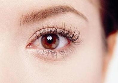 重庆割双眼皮哪里好 埋线双眼皮恢复时间是多久